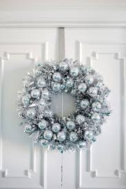 Christmas Door Decorations Start The Winter Celebrations Early