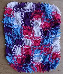Patchwork No Sew Fleece Blanket Tutorial & no sew blanket for kids Adamdwight.com