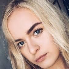 Savannah Noel (Instagram Star) - Alter, Geburtstag, Bio, Fakten ...