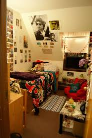 Best  College Dorm Posters Ideas On Pinterest - College apartment ideas for girls