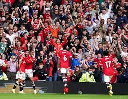 Manchester United startet mit Sieg und präsentiert Varane - Fußball
