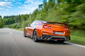 2017 Nissan GT-R Reviews and Rating | Motor Trend
