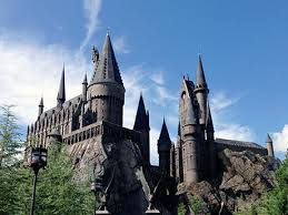 Hogwarts Running Club Raises Over $500,000 for Charity | ACTIVE