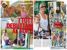 Ilary Blasi Francesco Totti In Vacanza In Versilia Con Figli Foto Chi Ilary  Blasi Foto von Priscilla | Fans teilen Deutschland Bilder
