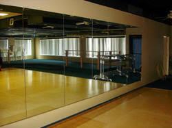 gym wall mirror at rs 200 square feet