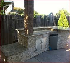 build an outdoor kitchen cinder blocks