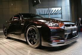 Nissan GT-R Spec V - Ultimate Opal Black - 30 | MadWhips