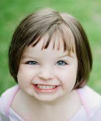Nejvíce Módní Dětské účesy Pro Dívky Fotografie Procházet A Módní