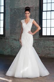 Style 9784: Beaded Venice Lace and Tulle Mermaid Gown | Justin ...