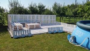 pallet fencing near the swimming pool
