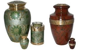 Decorative Urns For Ashes Keepsake Urns And Small Urns For Ashes Une Belle Vie 80