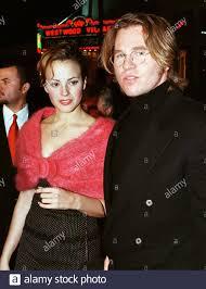 Schauspieler Val Kilmer und Freundin Jaycee Gossett stellen bei der  Premiere von Kilmer es neuer Film