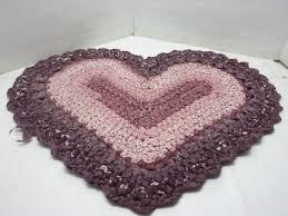 heart shape hand made crochet rag rug purple brown mauve pink 36 x