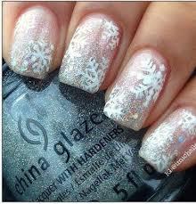 32 easy holiday nail designs