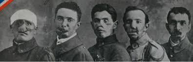Resultado de imagen para Los hombres con los rostros rotos