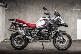 2018 bmw 900 gs. simple bmw bmw are building 4100 limited edition icon models motofire inside 2018  r1200rs  throughout bmw 900 gs