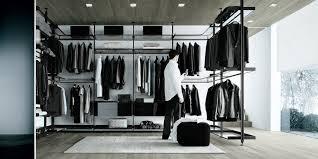 black aluminium uprights shelves with black aluminium rings and transpa grey glass glossy