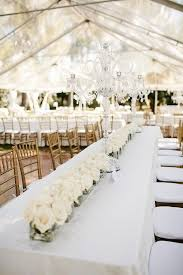 White wedding centerpieces Fall Chic And Affordable Centerpieces Consider Using Flowers Like Queen Annes Lace Or Hydrangeas That Are Chic And Elegant All White Wedding Bodas Weddings Affordable Wedding Centerpieces Original Ideas Tips Diys