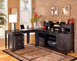 office table beautiful home. Office:Beautiful Home Office Interior Decor With Exposed Brick Wall And L Shape Wooden Table Beautiful D