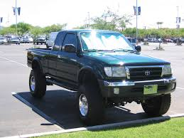 2000 Toyota Tacoma Review