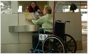 the ground transportation information booth on the arrivals level roadway provides an alternate counter for easy wheelchair access