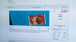 27500 Euro Für Christbaumschmuck Briefmarken Spiegel Online