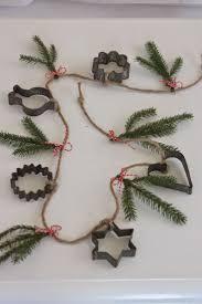 Hos Jorunn : Kakeformgirlander DIY. Christmas GarlandsChristmas ...