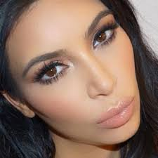 kim kardashian makeup bronze eyeshadow brown eyeshadow lipstick steal her style