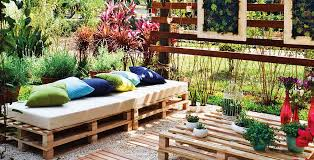 How To Embrace Wabisabi The Japanese Aesthetic Bringing Rustic Gorgeous Garden Ideas And Outdoor Living Magazine Minimalist