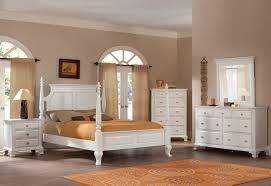 Perfect Roundhill Furniture Laveno 012 White Wood Bedroom Furniture Set, Includes  Queen Bed, Dresser, Mirror And 2 Night Stands