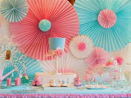10 DIY Party Backdrops 4 - https://www.facebook.com/