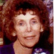 Betty Fields Obituary - Visitation & Funeral Information