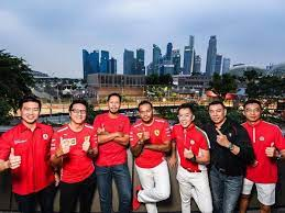 August 15, 2016 protégé x edible garden city: Ferrari Owners Club Singapore At The Formula 1 Singapore Grand Prix The Peak Singapore Your Guide To The Finer Things In Life