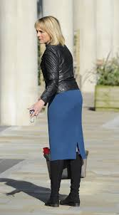 Louise Minchin Amazing Legs In Sheer Tights and Very Short Skirt     Louise Minchin