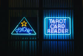 i was an professional tarot card reader for a year and this is what happened