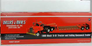1:25 FIRST GEAR *DALLAS & MAVIS* 1960 MACK B-61 Semi & Folding Gooseneck  Lowboy | #1950391122
