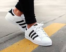 adidas shoes black and white. fashion adidas shoes on black and white