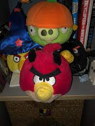 Ah the Halloween set of plush made by commonwealth released alongside angry  birds Halloween and my favourite plush set : angrybirds