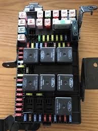 ford e other 02 03 ford f250 f350 fuse box relay distribution 2c7t 14a067 ap