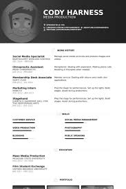 Social Media Specialist Resume samples