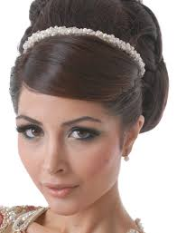 Hairband Hairstyle vintage bride hair style with simple and elegant styles popular 4718 by wearticles.com