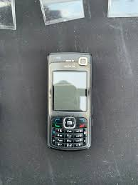 Nokia N70 mobile phone in E1 Hamlets ...