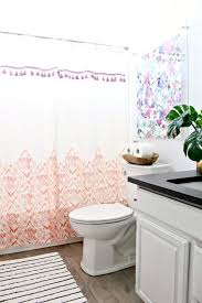 Guest bathroom ideas Small Bathroom Remodel How To Clean Bathroom And Guest Bathroom Tips Hgtvcom Guest Bathroom Ideas how To Clean And Prepare For Guests