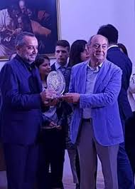 Nola, Franco di Mare direttore di Rai 3, le congratulazioni del presidente  della Hyria Novla