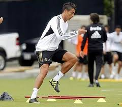 workouts for players trying to play top level soccer remember with stronger legs you can run a lot faster kick the ball with more power