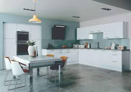 White Gloss Kitchen Designs Kitchens White Gloss Shaker Kitchen Aromabydesignus
