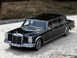 Mercedes-Benz 600 Pullman modelcar, AUTOart 1:18 in black owned by ...