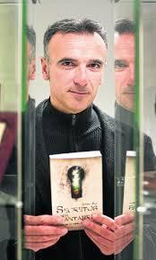 'Secretos de Cantabria' invita a redescubrir la región a través de lugares poco transitados. Esteban Ruiz, autor del libro que inicia el proyecto. - 9413896