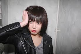 クールだけど女っぽい黒髪前下がりボブヘアカタログ10選hair