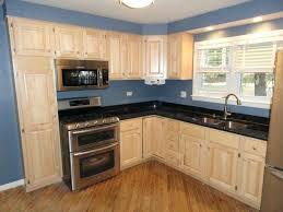 maple kitchen cabinets with quartz countertops maple kitchen cabinets with quartz image bathroom